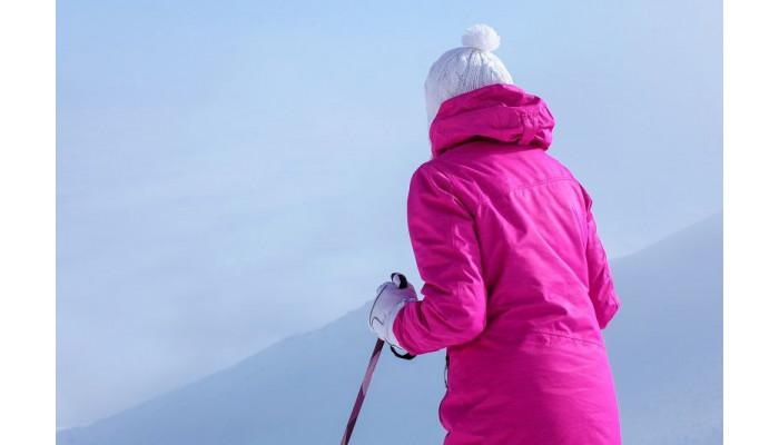 Jak wybrać idealną kurtkę narciarską?