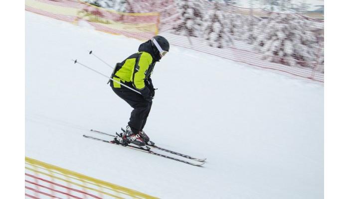 Jak dobrać kije narciarskie?